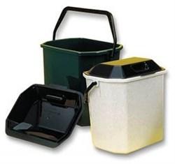 Ведро для мусора  10л квадратное с крышкой - фото 17701