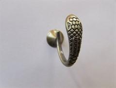 Крючок одежный однорожковый ввертный бронза (1306 змея)